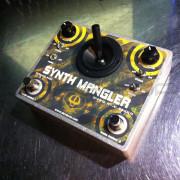 Devi Ever - Synth Mangler